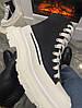 Женские демисезонные ботинки Alexander McQueen Tread Slick (Premium-class) черно-белые, фото 7