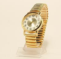 Часы   кварцевые дешевые небольшие на резинкке