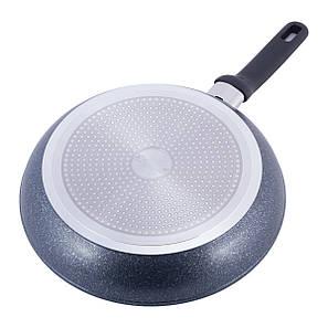 Велика сковорода Kamille 30 см з антипригарним покриттям чорний мармур з алюмінію для індукції, фото 2