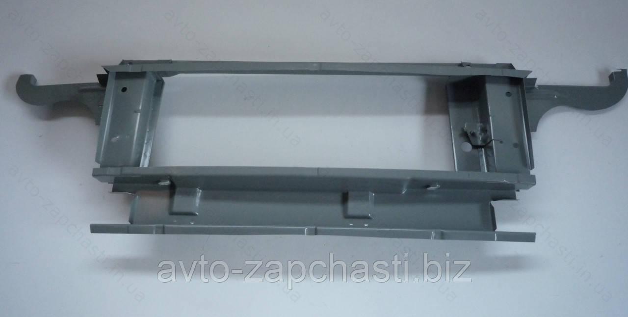 Рамка радиатора (внутренняя) ВАЗ 2121, 21213, 21214 (пр-во АвтоВАЗ) (21213-8401050)
