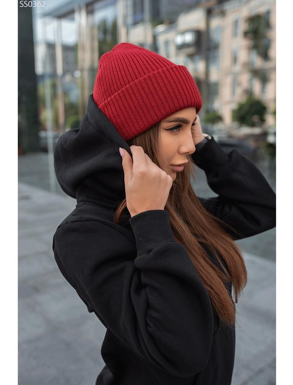 Женская шапка Staff bordo