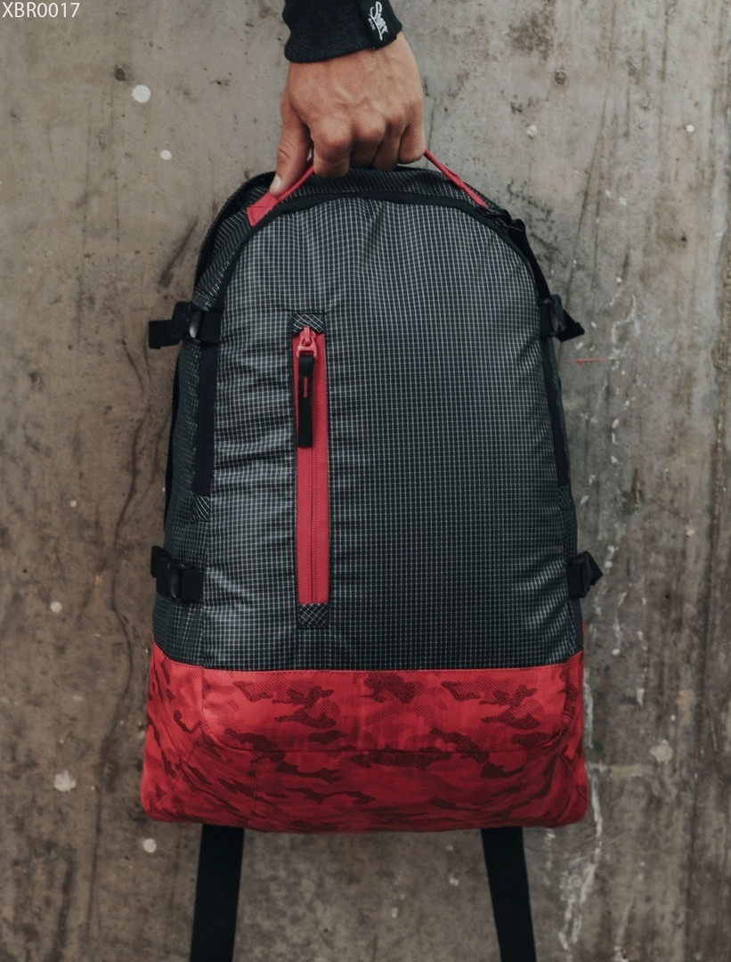 Рюкзак Staff 30L dark & red