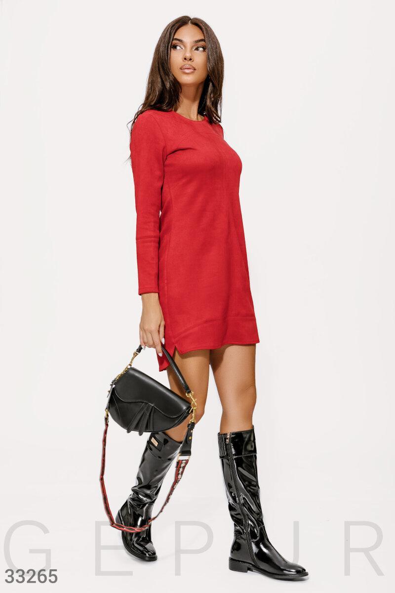 Замшевое Платье женское красного цвета
