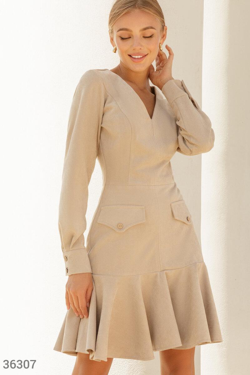 Замшевое Платье женское в актуальном бежевом оттенке