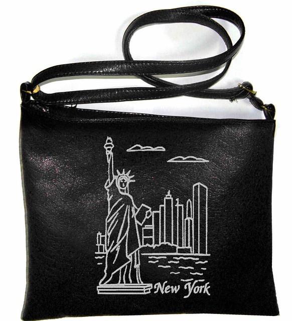"""Сумка - планшет с вышивкой """"New York"""" С56 - черная"""