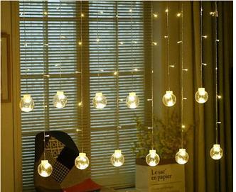 Гирлянда штора 3м 200LED+10 шариков белый цвет
