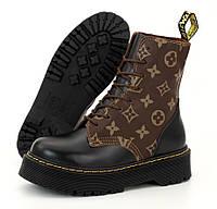 Женские теплые ботинки Dr. Martens & LV ТЕРМО демисезонные черные. Живое фото. Реплика (мартинсы), фото 1