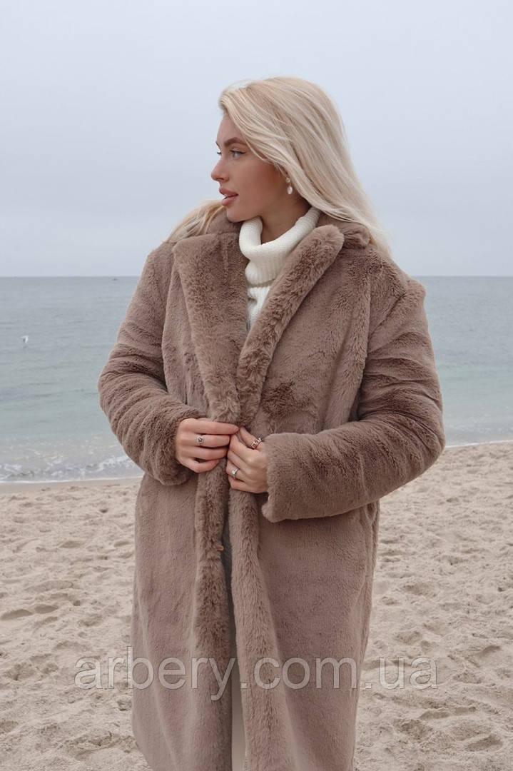 Женская удлиненная зимняя шубка