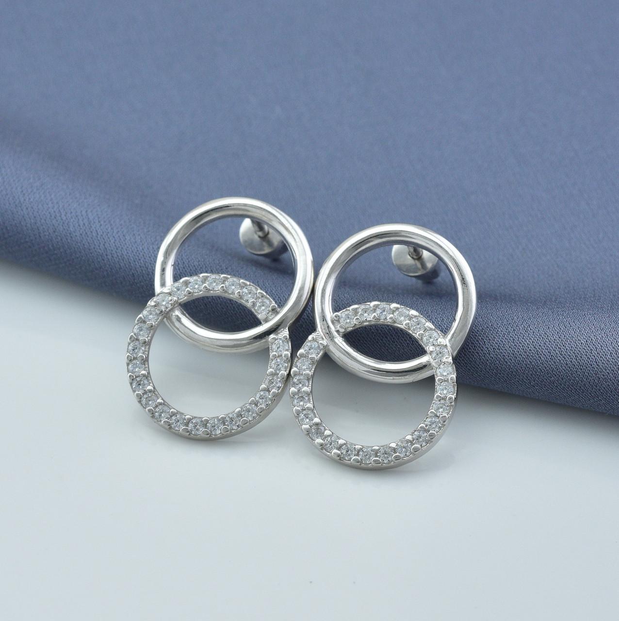 Серебряные серьги-гвоздики размер 20х15 мм вставка белые фианиты вес 4.18 г