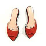 Шльопанці з силіконовою вставкою і металевим перлами, колір червоно-морквяний, фото 3