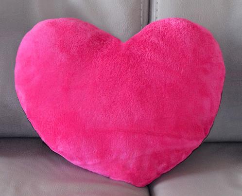 "Подушка ""Сердце"" малиновое"