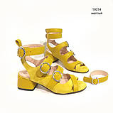 Босоножки-гладиаторы с каблуком 4см, цвет желтый, фото 2