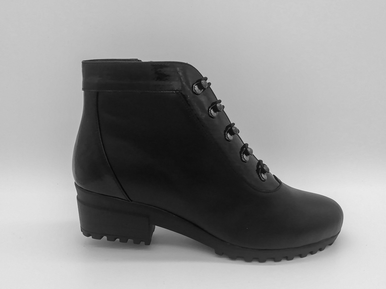 Кожаные зимние ботинки. Украина. Большие размеры (41 - 43).