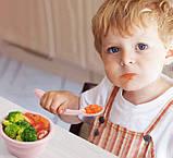 Набор Ложка силиконовая с удержанием формы изгиба для кормления ребенка Розовая и слюнявчик (n-794), фото 3