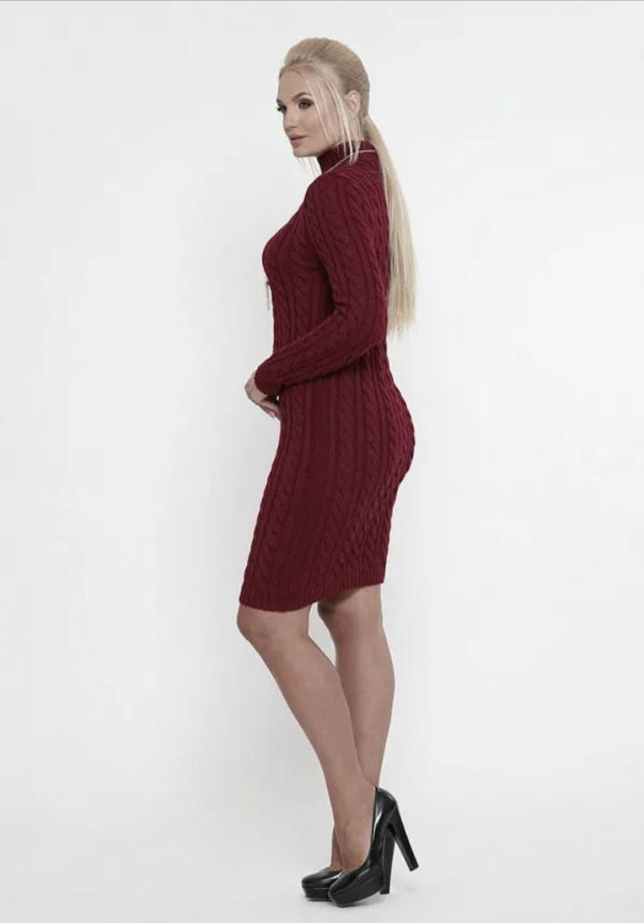 Вязаное платье зимнее