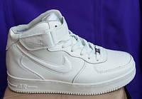 Подростковые кроссовки Найк аир форс на меху новые модели зимние белого цвета однотонные, фото 1