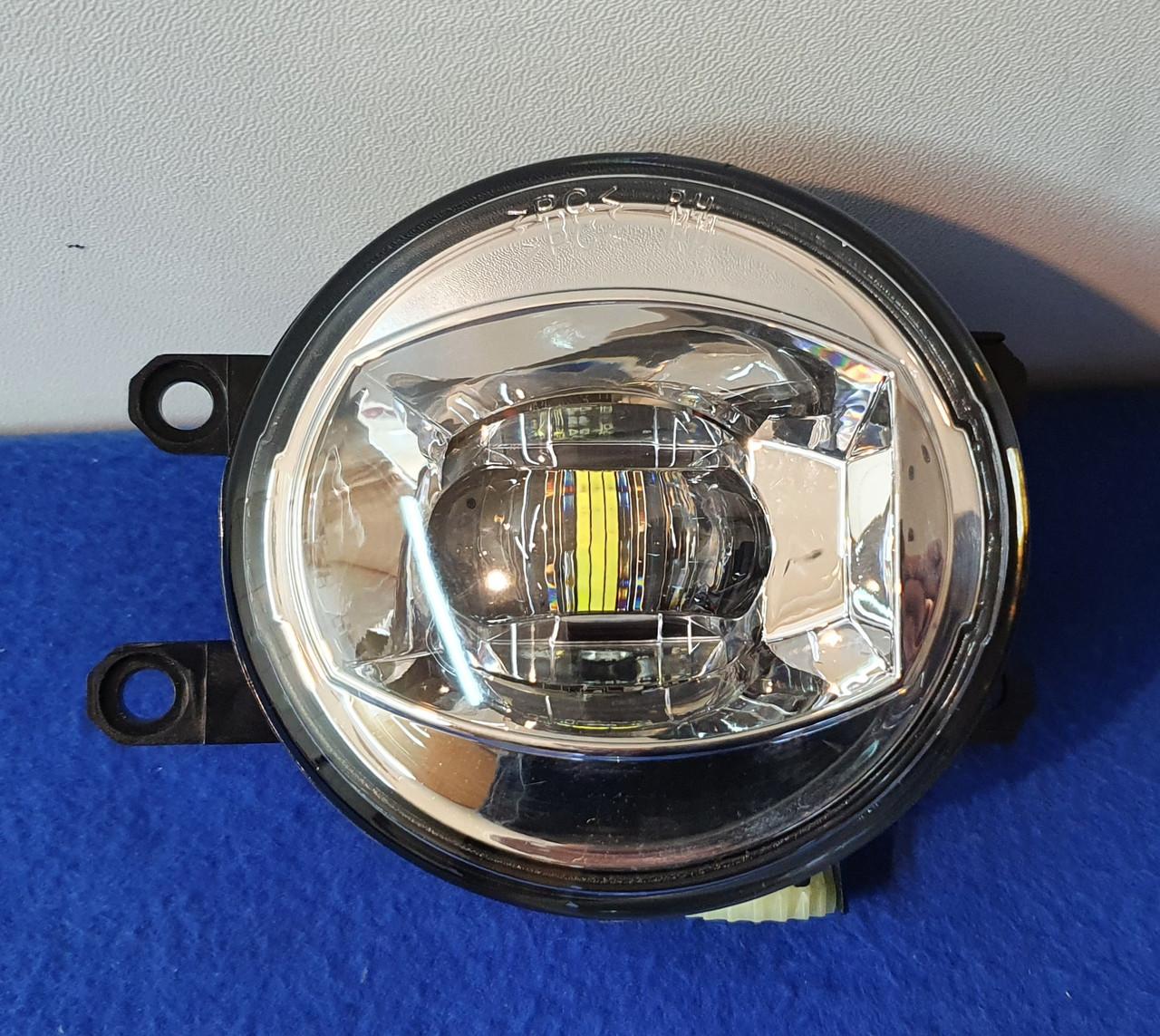 Противотуманные LED фары Toyota Lexus