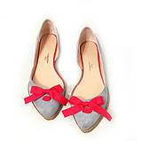 Асимметричные туфельки из светло-серого замша на тракторной подошве, фото 4