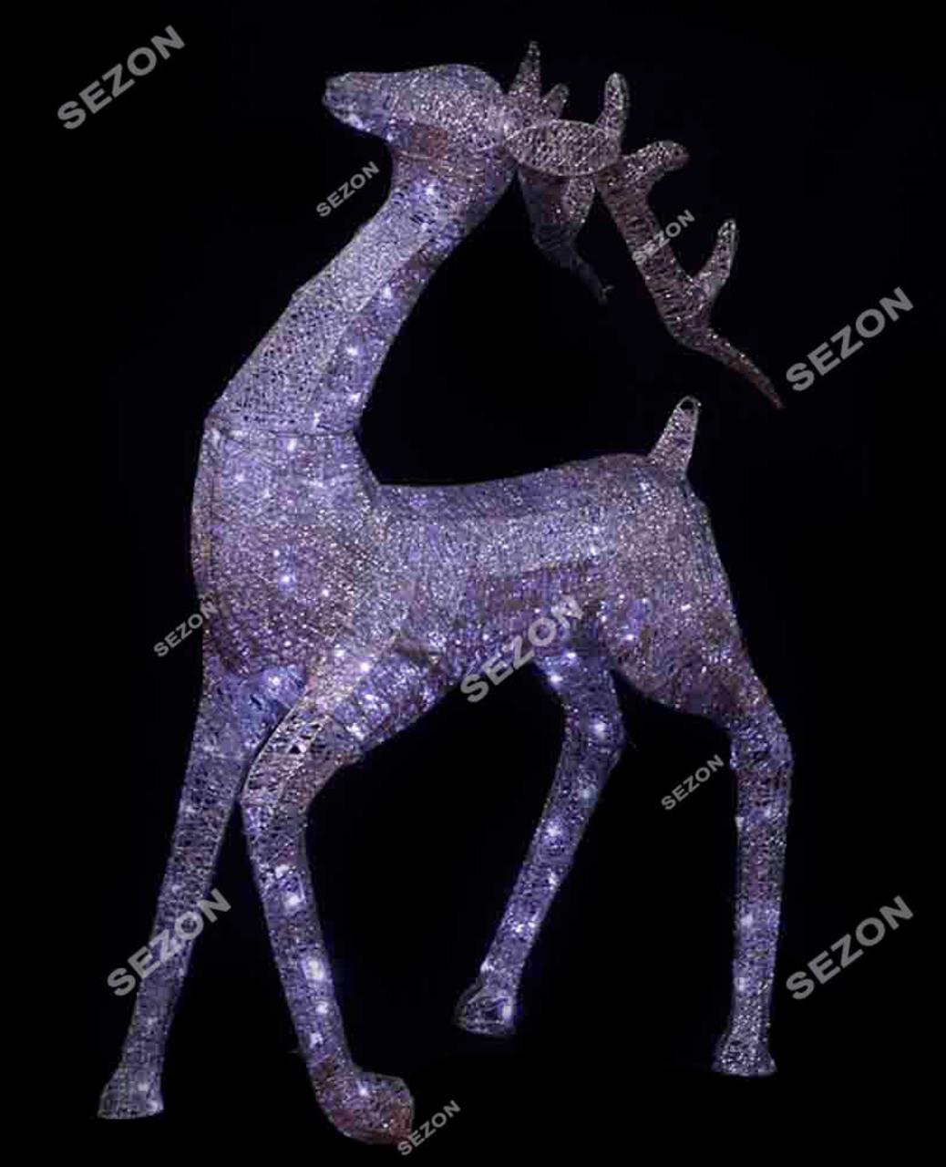 Новорічна скульптура 'Олень' срібний 100см