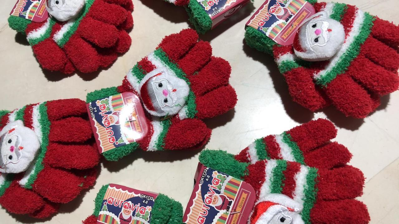 Детские новогодние перчатки