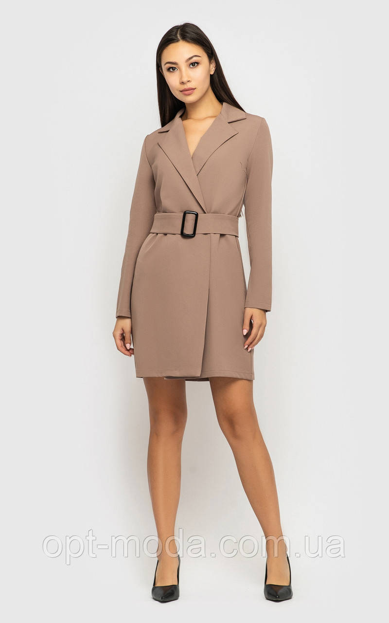 Элегантное женское платье-пиджак с глубоким вырезом