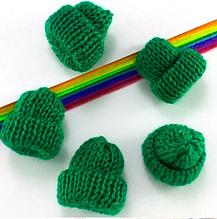 """Мини-декор """"Шапочка вязанная"""", 3,5 х 3,7 см,  цвет зеленый, 1 шт."""