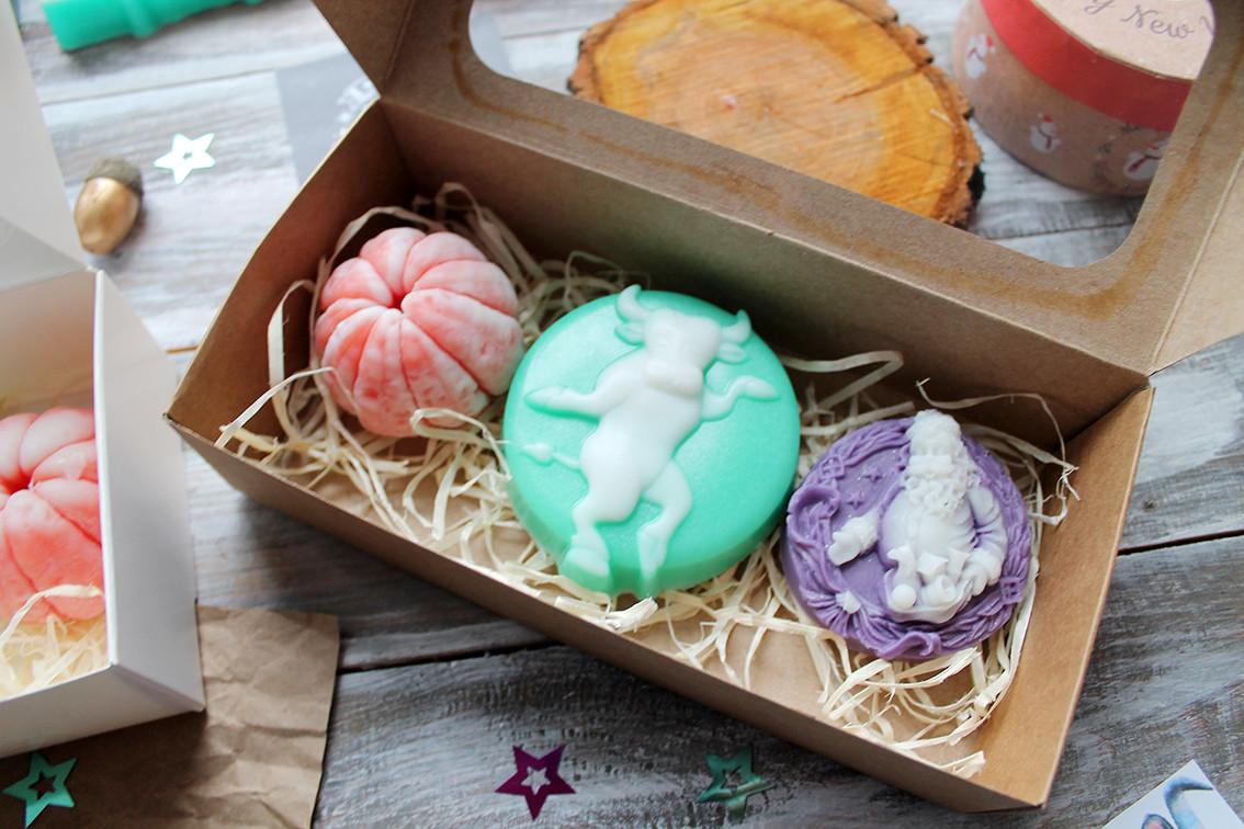 Новогодний набор мыла в коробочке