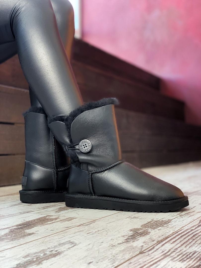 Зимние женские угги с натуральным мехом UGG Bailey Button Black кожа чёрные