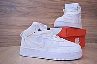 Мужские кроссовки Nike Air Force 1 Mid LV8 (на меху) зима, белые. Размеры (41,45,46), фото 1
