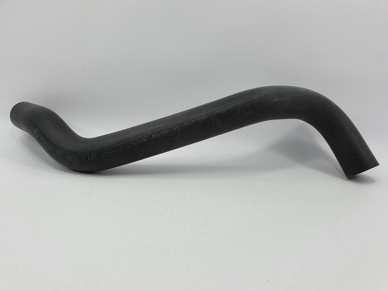 Патрубок радиатора нижний Hyundai Accent KAP-TOPIC Корея