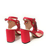 Замшевые босоножки на каблуке и декором с пайетками, цвет беж/бронза, фото 10