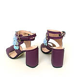 Замшевые босоножки на каблуке и декором с пайетками, цвет беж/бронза, фото 7