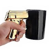 Чашка Пистолет с золотой ручкой, фото 2
