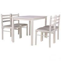 Стільці та столи для дому