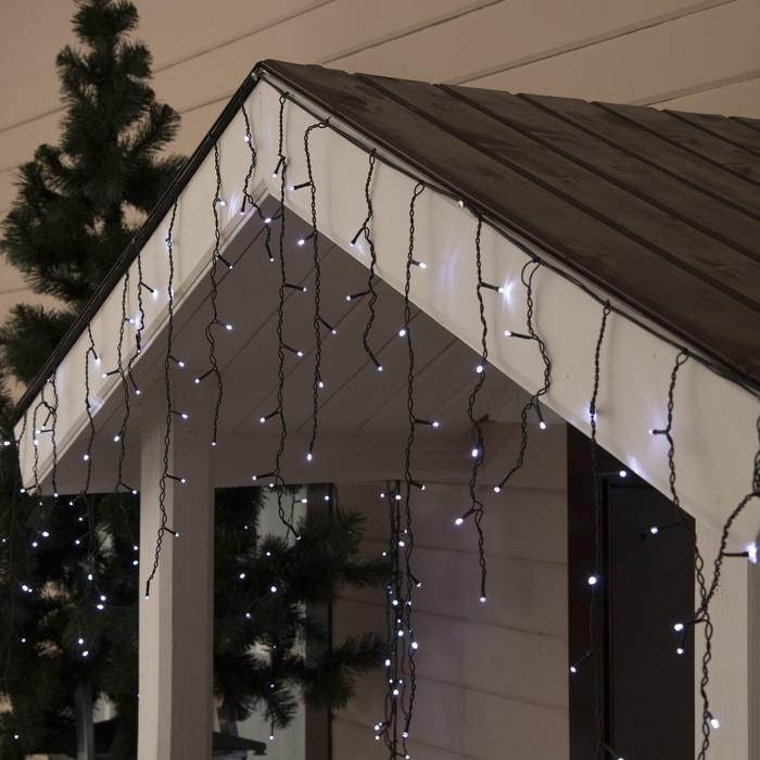 Новогодняя уличная гирлянда штора - дождик + FLASH 160 LED 5 м * 0,6 м, черный провод 2.2 мм, белый + flash
