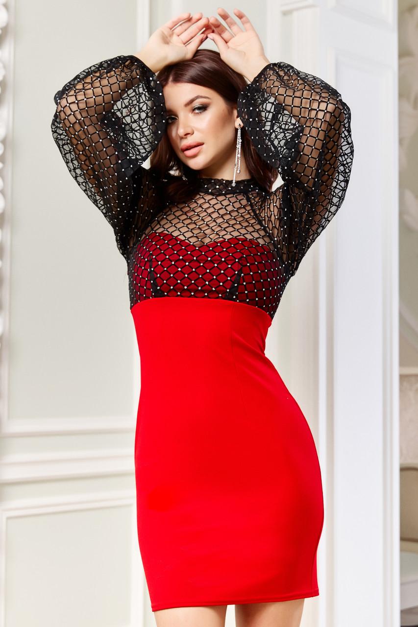 Короткое клубное красное платье с черной сеткой