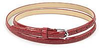 Женский тонкий лаковый ремешок кожзам красного цвета (73733)