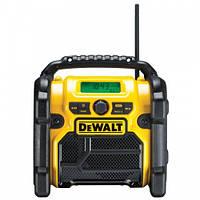Радиоприемник AM/FM, AUX порт, DeWALT DCR019 (без АКБ и ЗУ)