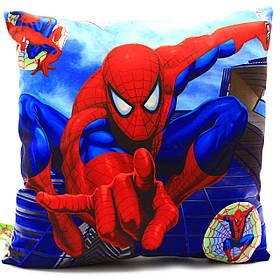 Подушка детская KinderToys «Спайдермен. Человек-паук» 43х43х10 см (24970-1)