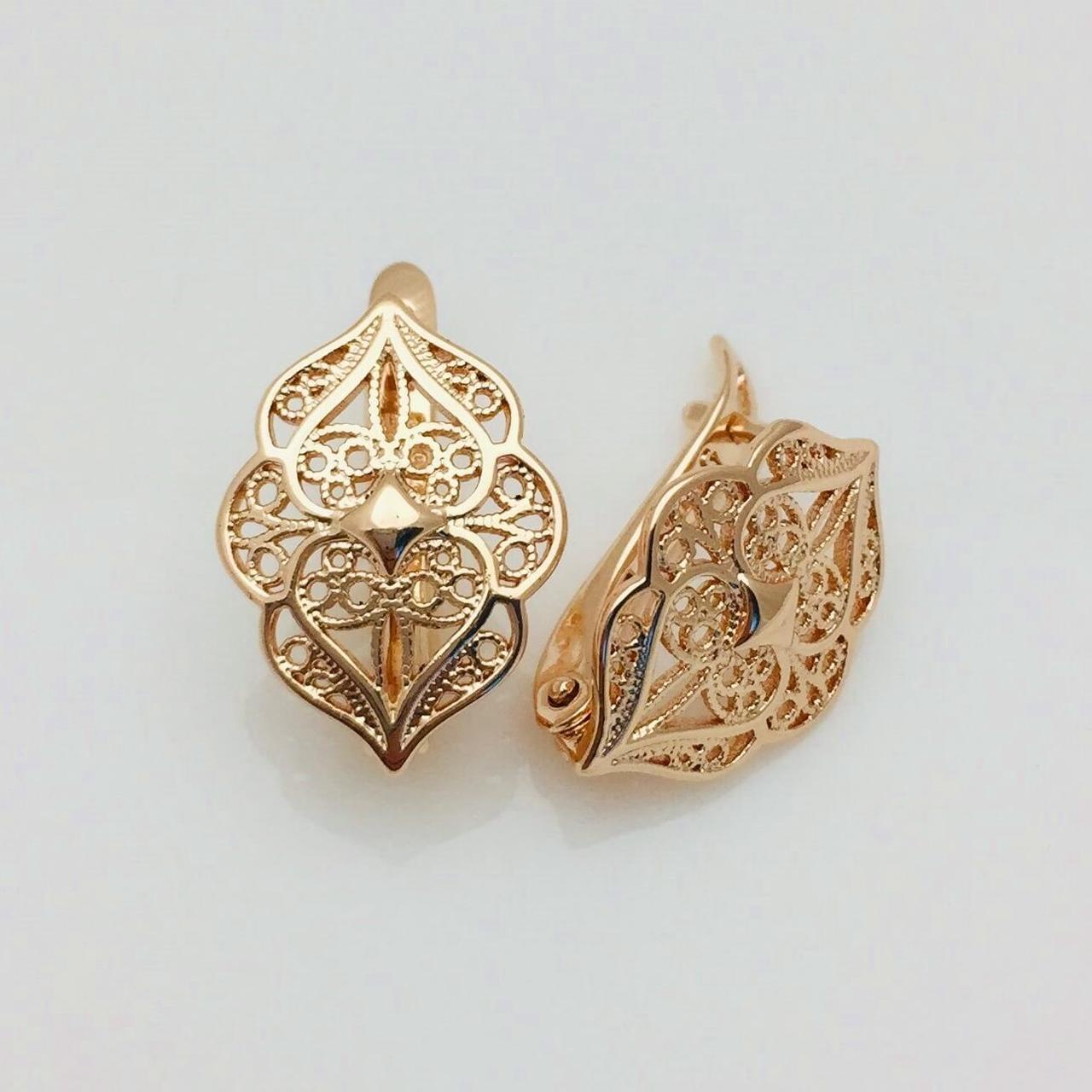 Серьги FJ FALLON длина 1.8см ширина 1.3см медицинское золото  F1070