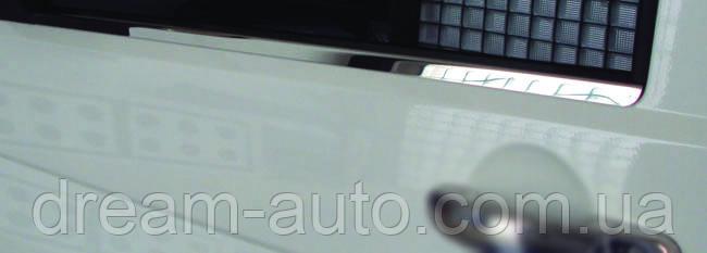 Volkswagen T5 Caravelle 2004-2010 рр. Окантовка вікон (2 шт, сталь) Carmos - турецька сталь
