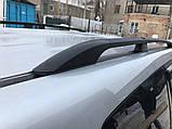Toyota LC 120 Prado Рейлинги Черные турецкие Пластиковые ножки, фото 2