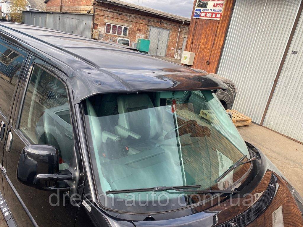 Volkswagen T4 Caravelle/Multivan Козырек на лобовое стекло (черный глянец, 5мм)