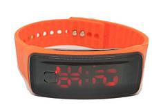 Часы спортивные электронные