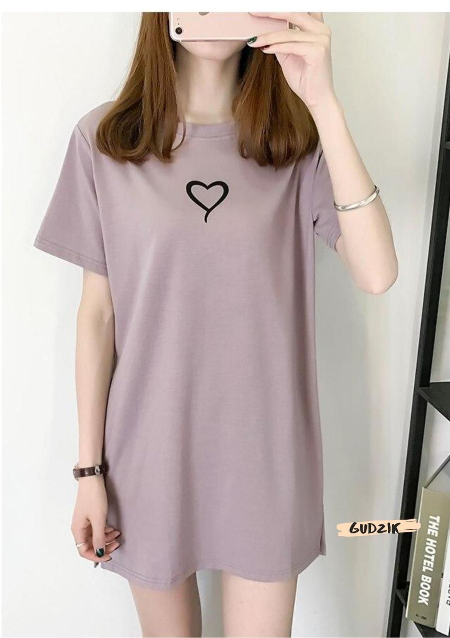 Женское стильное платье свободного кроя с сердцем мокко