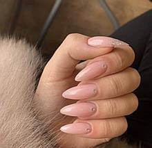 Нарощення нігтів на Подолі