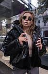 Женская короткая дутая куртка с капюшоном из плащевки лаке (р. 40-58) vN10633, фото 2