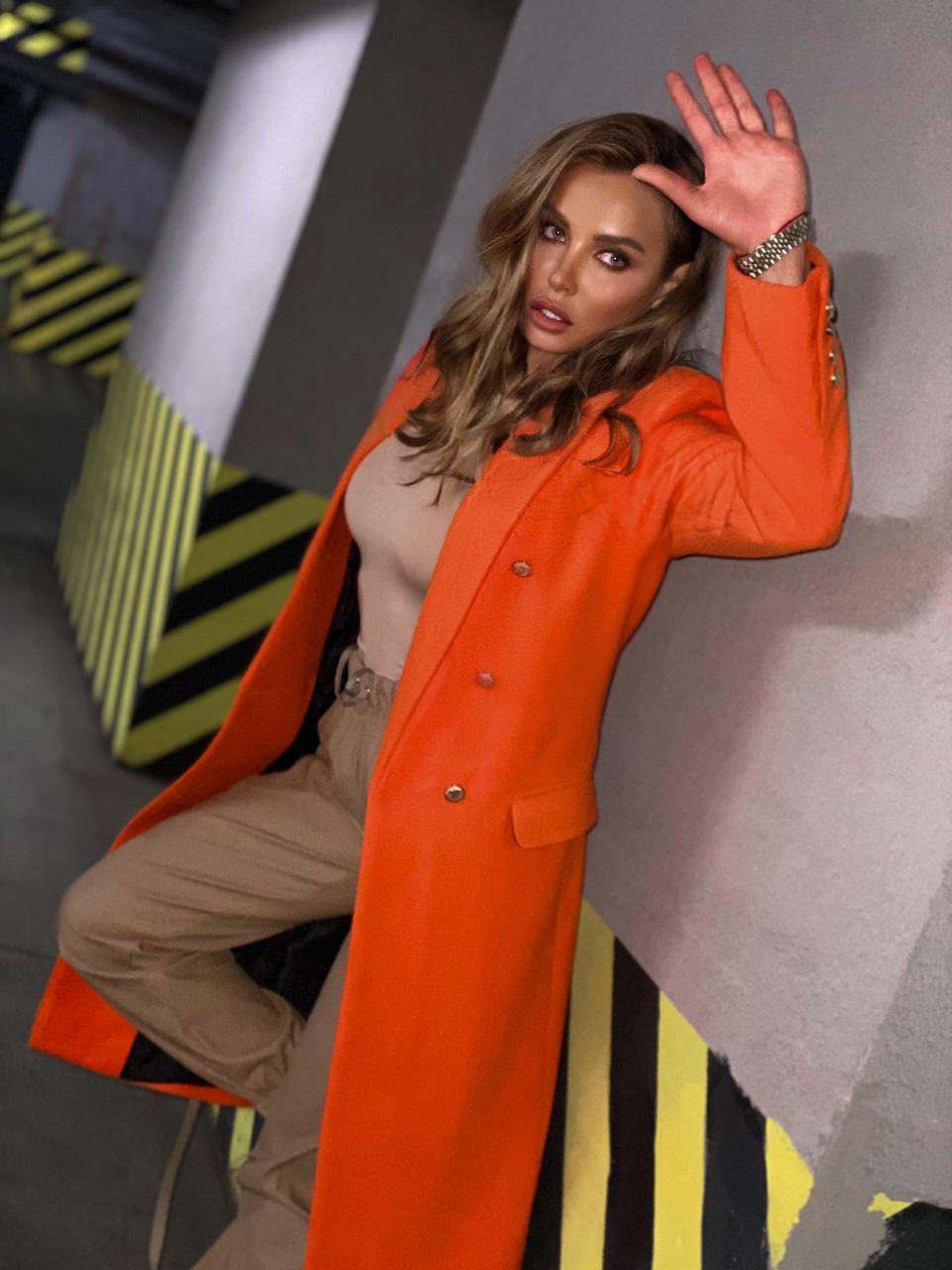 Женское классическое пальто на распашку из кашемира и с пуговицами (р. 40-58) vN10634