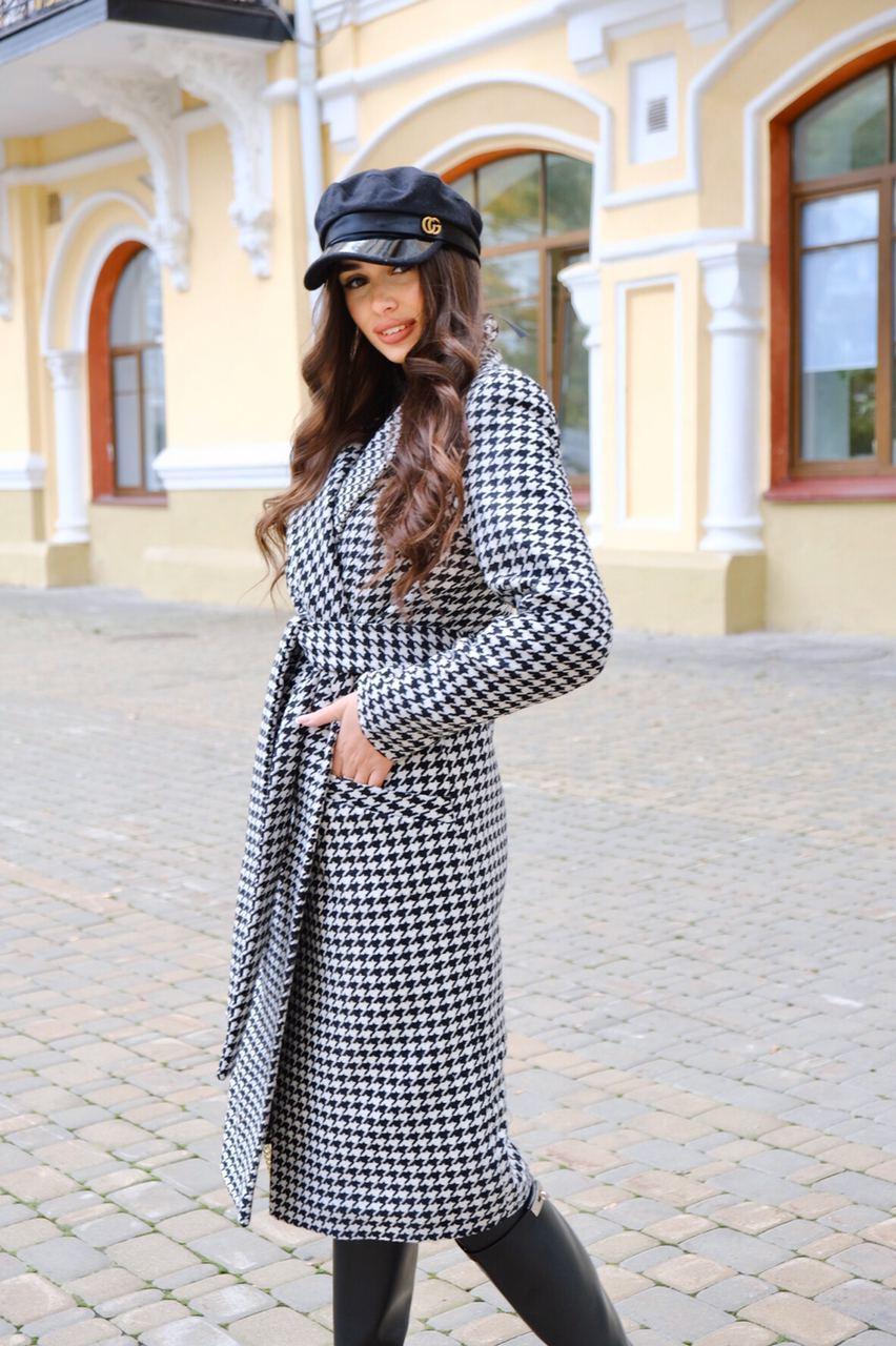 Женское длинное осеннее пальто в принт гусиная лапка с поясом (р. S-L) vN10855