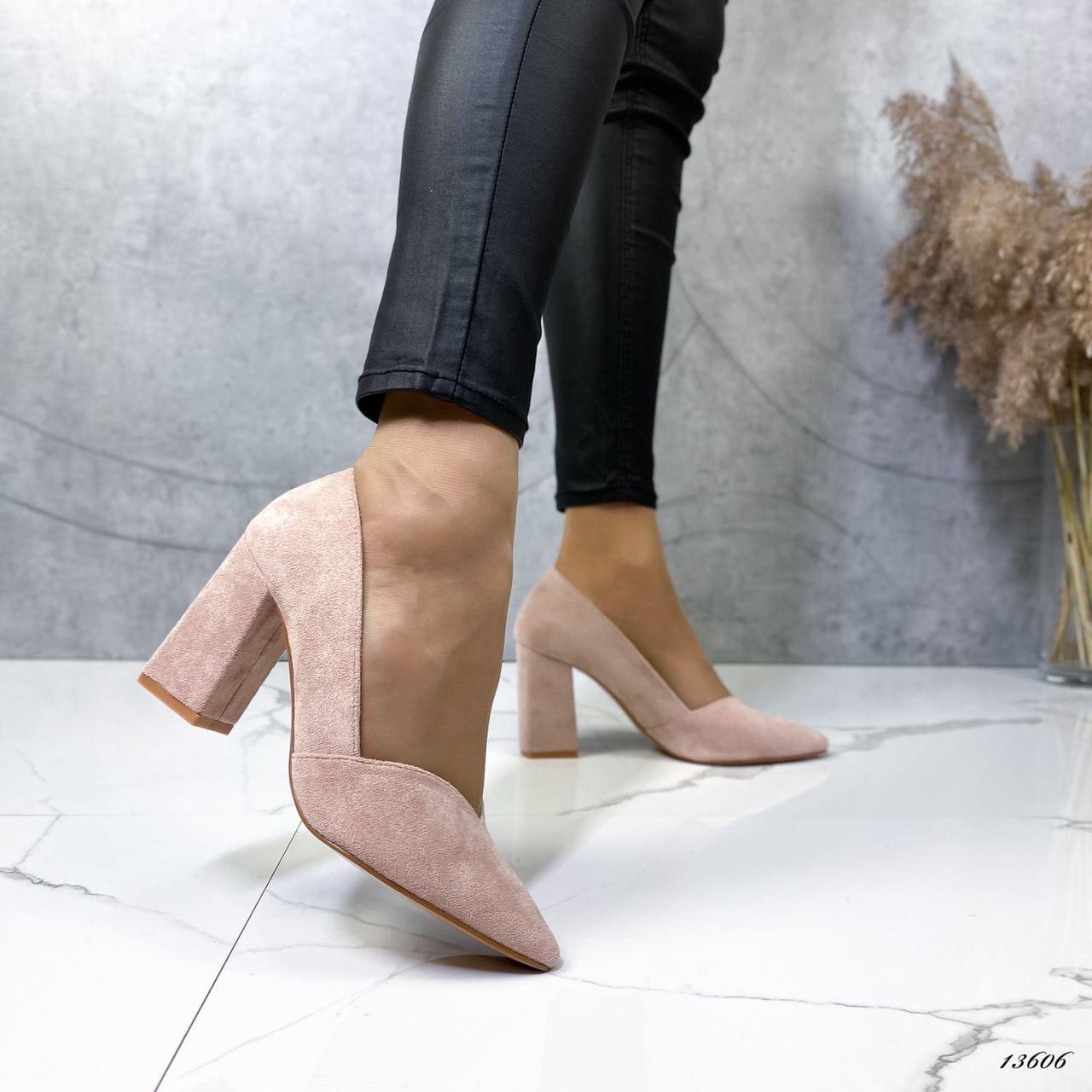 Женские туфли с острым носком 13606